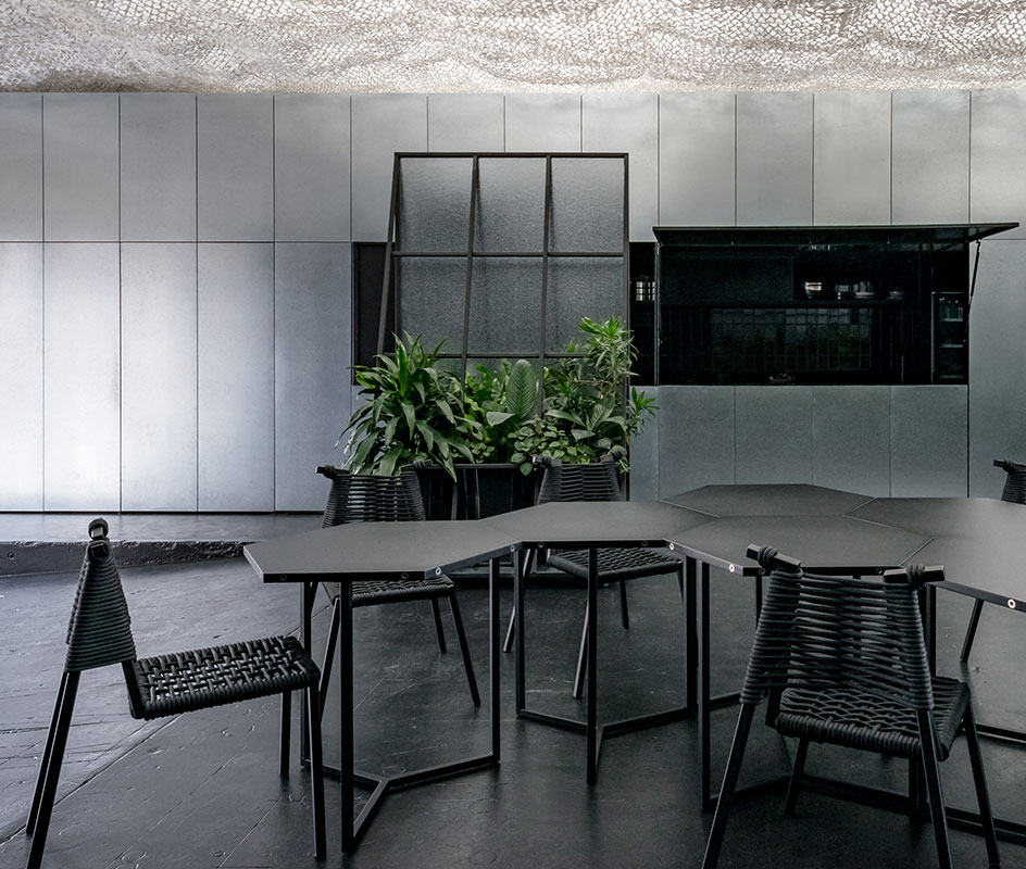 Space and Time designed by Russell and George featuring Laminex AbsoluteMatte Black table.
