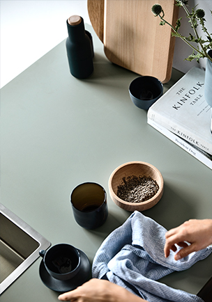 Kitchen benchtop featuring Laminex Colour Collection Spinifex