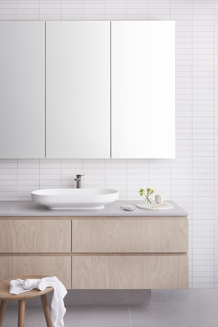 laminex-raw-birchply-in-modern-bathroom
