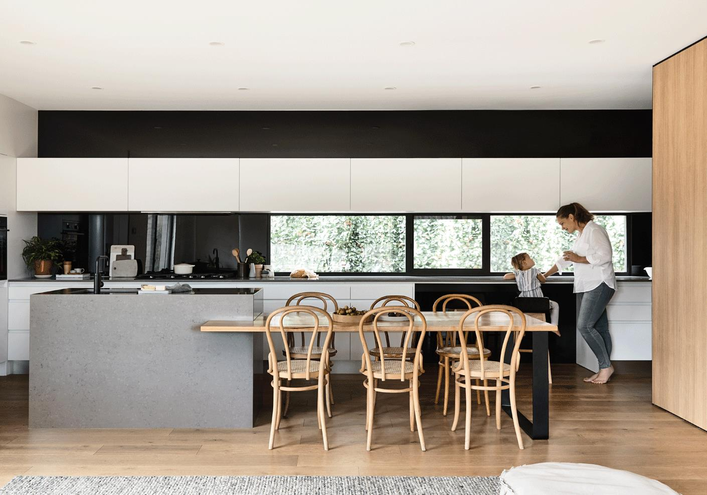 natural-kitchen-by-the-vibe-design-group
