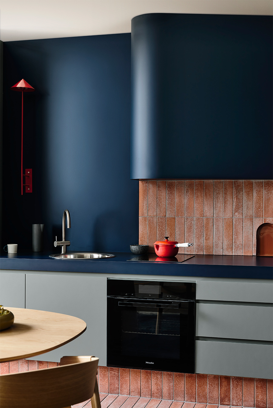 Studio-Kitchen-by-Kennedy-Nolan-featuring-Laminex-AbsoluteMatte
